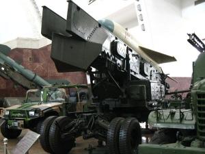 Militära fordon från Dongfeng. Foto: Ian Armstrong, Flickr
